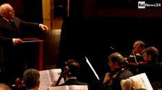 Ludwig van Beethoven: Symphony No.3 in E flat major, ii. Adagio assai – Daniel Barenboim (Concert dedicated to the memory of Claudio Abbado) • http://facesofclassicalmusic.blogspot.gr/2014/03/ludwig-van-beethoven-symphony-no3-in-e.html