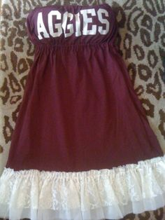 Game Day Dress -totally need a new sewing machine, I see a Cowboys and a Steelers dress in my future <3