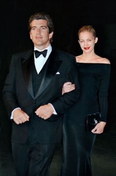 Photos of Style Icon Carolyn Bessette Kennedy – Al – Hair Clips