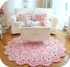 Crochet rug, pink crochet, doily rug is creative inspiration for us. Get more photo about home decor related with by looking at photos gallery at the bottom of this page. Crochet Doily Rug, Knit Crochet, Crochet Patterns, Shabby Chic Style, Shabby Chic Decor, Deco Champetre, Shabby Vintage, Crochet Home Decor, Crochet Projects