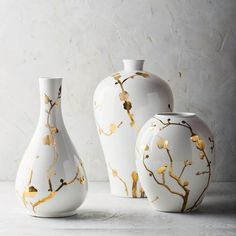 Pottery Vases Designs - Vase and Cellar Image Avorcor. Pottery Painting, Pottery Vase, Ceramic Pottery, Clay Vase, Ceramic Vase, Vase Crafts, Round Vase, Painted Vases, Bottle Art