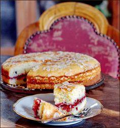 Almond ricotta cake