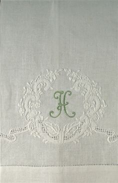 Monogram...it doesn't get any prettier than this . Lettre#H . #calligraphie .