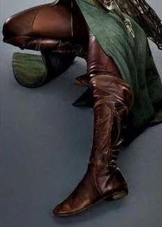 Adventures of An Elven Princess: A Guide to Making Your Own Tauriel Costume - Tauriel's boots.