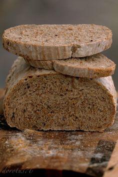 Wieloziarnisty chleb na zakwasie Pizza Rolls, Pan Bread, Sourdough Bread, Healthy Recipes, Healthy Food, Breads, Bakery, Food Porn, Cooking