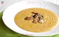 Vellutata di patate e funghi porcini, un piatto buonissimo e nutriente, che scalda l'anima nelle fredde giornate invernali. Semplicissima da preparare!