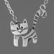 curious cat silver pendant by katie stone - This cute little silver cat pendant by Katie Stone would make a gorgeous addition to your jewellery box or the purrfect gift for fans of our feline friends. The cats head swivels so you tilt it to mak Handmade Silver Jewellery, Silver Jewelry Box, Silver Jewellery Indian, Cat Jewelry, Metal Jewelry, Jewelry Design, Silver Ring, Silver Cat, Jewellery Box