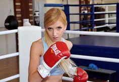 Model girls Boxing Combat