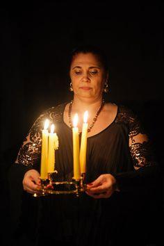Vrăjitoarea Aurelia Ardeleanca   Vrajitoare Online Cel mai mare Portal de Vrajitoare din Romania Germania, Mai, Birthday Candles, Portal