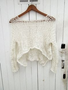 Very feminine shirt for wardrobe - Everything About Knitting Vintage Crochet, Crochet Lace, Poncho Outfit, Dress With Shawl, Crop Top Sweater, Summer Sweaters, Knitted Bags, Loom Knitting, Crochet Clothes