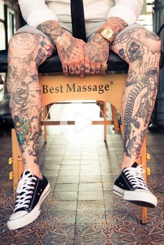 #legtattoos Tattoo Bein Frau, Tattoos Bein, Tattoos Masculinas, Fake Tattoos, Body Art Tattoos, Girl Tattoos, Tattoos For Guys, Neck Tattoos, Forearm Tattoos
