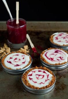 White chocolate raspberry tarts can be baked and eaten in a mason jar lid.