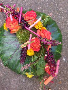Bespoke Sympathy Design Short Courses, Funeral, Bespoke, Flower Arrangements, Amber, Fruit, School, Green, Flowers