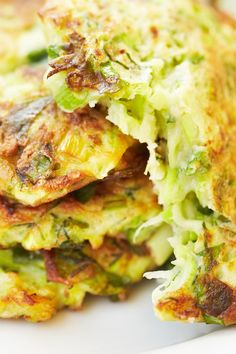 Crispy Zucchini and Potato Pancakes ~  The recipe is really light with crazy amounts of savory flavor to it. Make this as a side with dinner or as a brunch item.   Recipe @: http://www.kitchme.com/recipes/crispy-zucchini-and-potato-pancakes?invite=26xq