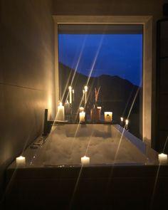 Flat Screen, Ads, Bathroom, Blood Plasma, Washroom, Full Bath, Flatscreen, Bath, Bathrooms