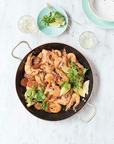 If you're entertaining seafood fans this festive season, then this flash-fried prawns with chorizo and white wine recipe is definitely going to make you the talk of the town. Wine Recipes, Easy Recipes, Healthy Recipes, Jenny Morris, Ten Minutes, Prawn, Chorizo, Quick Easy Meals, White Wine