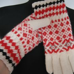 Hand knit gloves. Knitted gloves. White, red and black gloves. Patterned gloves. Estonian handcraft  https://www.etsy.com/listing/252628821/hand-knit-gloves-khitted-gloves-white?ref=shop_home_active_12