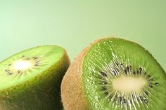 The possible health benefits of consuming kiwis include maintaining healthy skin tone and texture, reducing blood pressure and preventing heart disease and stroke. #kiwibenefits, #healthyskin