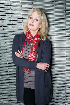 Joanna Lumley: Why the Garden Bridge will be absolutely fabulous Over 60 Fashion, Mature Fashion, Beautiful Old Woman, Elegant Woman, Female Celebrities, Celebs, Wand Hairstyles, Joanna Lumley, Ab Fab