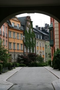 Lower part of Danderydsgatan leading to Karlavägen