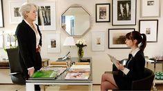 """Anunciado em 2015 o musical inspirado em """"O Diabo Veste Prada"""" finalmente parece estar saindo do papel. E com grandes nomes envolvidos: com ajuda do roteirista Paul Rudnick (autor de """"Mudança de Hábito"""") o músico @EltonJohn assina a versão para a Broadway do já icônico filme de 2006. Saiba mais em vogue.com.br  via VOGUE BRASIL MAGAZINE OFFICIAL INSTAGRAM - Fashion Campaigns  Haute Couture  Advertising  Editorial Photography  Magazine Cover Designs  Supermodels  Runway Models"""