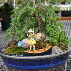 Let's Go Fishing--click photo for many more planter ideas