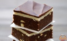 While marzipan isn't as popular in the U. as it is in Europe, we're starting a personal campaign to fix this grave oversight. Marzipan is essentially just a concentrated paste of two of our favorite things: almonds and sugar. Keks Dessert, Dessert Bars, Brownie Recipes, Cookie Recipes, Dessert Recipes, Yummy Treats, Sweet Treats, Yummy Food, Marzipan Recipe