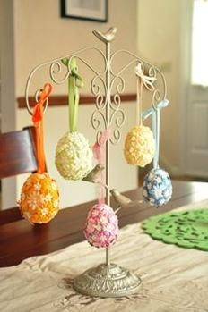 A quick Springtime craft! Great for Easter week. Happy Easter, Easter Bunny, Easter Eggs, Easter Tree, Egg Crafts, Easter Crafts, Easter Decor, Easter Ideas, Easter Centerpiece