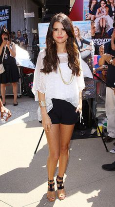 Google Image Result for http://media4.onsugar.com/files/2011/06/26/2/192/1922564/b57fb473fd1fd6ea_FMDownload-4.preview/i/Selena-Gomezs-Summer-Style.jpg
