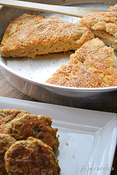 Healthier chicken bucket with wedges Asda Recipes, Greek Recipes, Cooking Recipes, Cookie Dough Pie, Greek Bread, Pesto Bread, Cheese Bread, Chicken Bucket, Greek Cooking