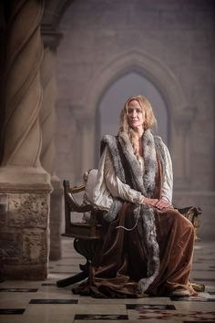 Clothing medieval - the white Queen (Movie) - Jacquetta of Luxemburg - Mother of Elisabeth Woodville