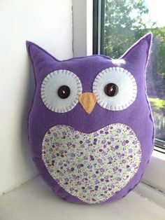 Handmade Felt Owl Pillow Lavender Scented by SewJuneJones o Cute Pillows, Baby Pillows, Owl Sewing Patterns, Sewing Crafts, Sewing Projects, Owl Cushion, Felt Owls, Owl Crafts, Sewing Pillows
