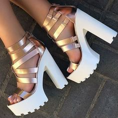 Strappy Lug Sole High Heels Source by karlchenhb Fancy Shoes, Pretty Shoes, Beautiful Shoes, Cute Shoes, Me Too Shoes, Crazy Shoes, High Heels Outfit, High Heel Boots, Heeled Boots