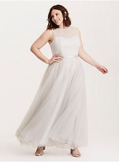 Plus Size Special Occasion Lace Illusion Tulle Gown, Plus Size Dresses, Plus Size Outfits, Nice Dresses, Formal Dresses, Wedding Dresses, Formal Wear, Grey Tulle Skirt, Sequin Midi Dress, Fancy Dress Accessories