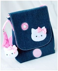 Rucksack Hello Kitty - [board_name] - Guten Morgen Hallo Kitty, Toddler Bag, Hand Embroidery Videos, Diy Purse, Pencil Bags, Patchwork Bags, Denim Bag, Kids Bags, Cute Bags