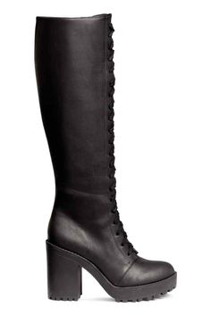 69 Beste Chaussures images on Pinterest   Ankle  stivali, Fashion scarpe   Ankle 6e26a7