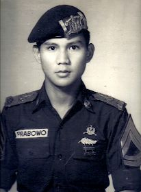 [Untold Story] Cerita Prabowo Subianto yang Tidak Terungkap   Juru Kunci Old Pictures, Old Photos, Army Names, Dutch East Indies, Sylvester Stallone, Special Forces, First World, Documentaries, Captain Hat