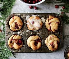 Cranberry Spice Breakfast Buns   recipe via DisplacedHousewife   a completely make-ahead day (by days!), the perfect holiday breakfast or brunch treat