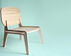 Une chaise simple comme le bois