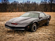 KNIGHT RIDER. KITT, 1982 Pontiac Trans Am.