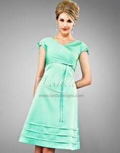 ce36adb11cb It s a sweet life in this Landa cocktail dress.