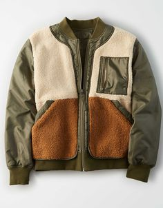 Shop Women's Bomber Jackets at American Eagle to find your new favorite layer. Browse bomber jackets in new colors, styles, and designs only from American Eagle. Style Board, Uni Fashion, Winter Outfits, Casual Outfits, Mens Fleece, Mens Outfitters, Eagle Outfitters, Aesthetic Clothes, Street Wear