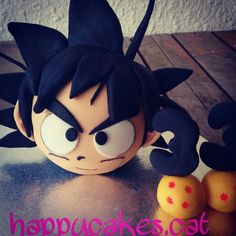 Goku petit!!! Goku Y Vegeta, Son Goku, Cake Piping, Foundant, Owl Cakes, Pasta Flexible, Cakes For Boys, Cold Porcelain, Dragon Ball Z