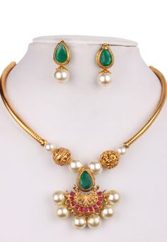Shop Multicolor Alloy Kundan Necklace With Earrings 156265 online from huge collection of indian ethnic jewellery at Indianclothstore.com.