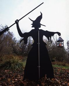 Simple Halloween Decor: Witch Lawn Ornament