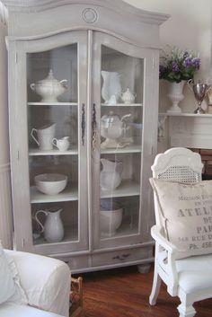 Almacén de Inspiraciones: La vitrina de la Porcelana Blanca