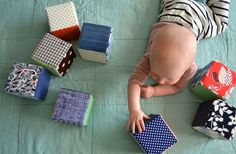 16 manualidades para bebés - bloques de juguete