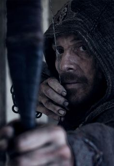 He bounced the arrow to the wall, dayum!!  | Michael Fassbender - Assassin's Creed