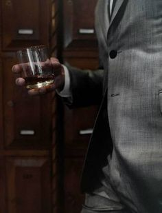 The drinks that every modern gentleman must know and master, and the basics for the home bar. Agatha Christie, Mafia, Marvel Tony Stark, Maxon Schreave, Napoleon Solo, Into The West, The Man From Uncle, Its A Mans World, Wattpad