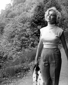 "907 Likes, 3 Comments - Marilyn Monroe (@legendary.marilyn) on Instagram: """"I learnt to walk when I was 10 months old and I've been walking this way ever since"" - Marilyn…"""